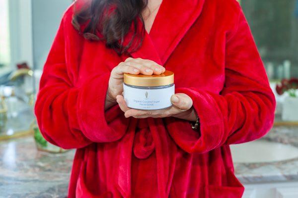 Aimee Raupp Holding Organic Coconut Sugar Scrub